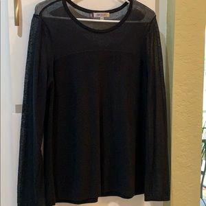Jennifer Lopez, extra large black sweater
